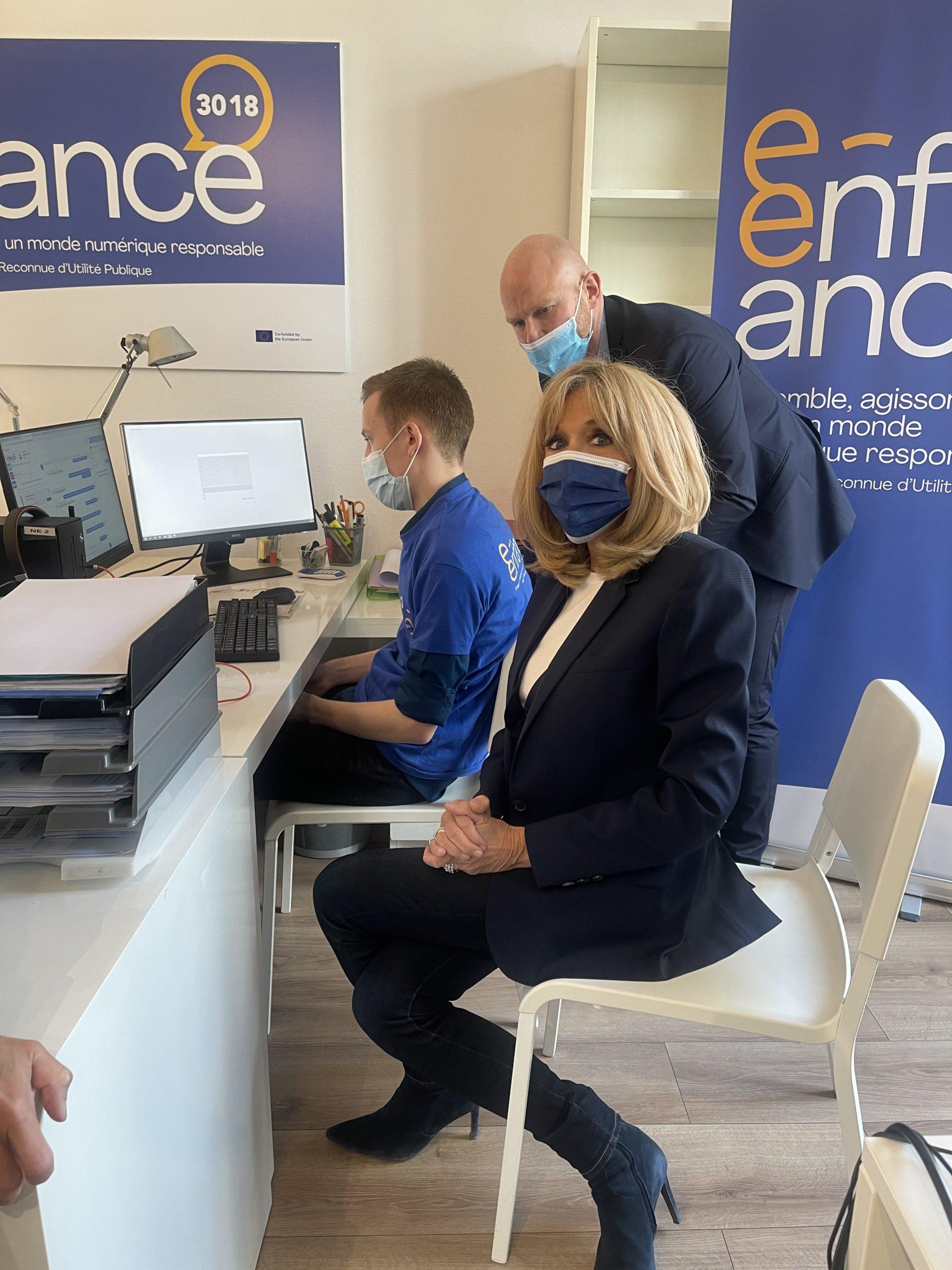 Visite de Brigitte Macron à l'Association e-Enfance