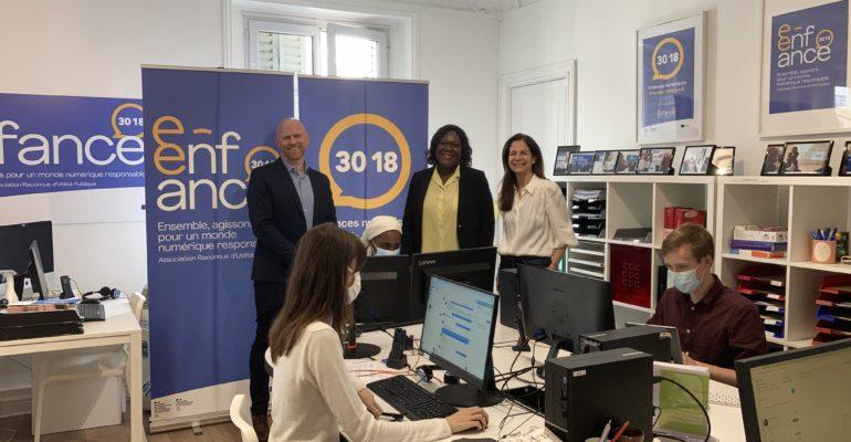 Visite de Laetitia Avia au siège de l'Association e-Enfance